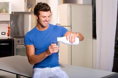 Tomar leche y sus beneficios