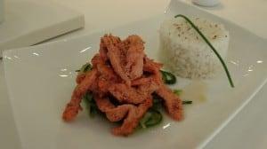 pollo tandoori con tallarines de calabacín