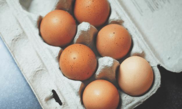 12 huevos a la semana podría no aumentar el riesgo de enfermedades cardiovasculares