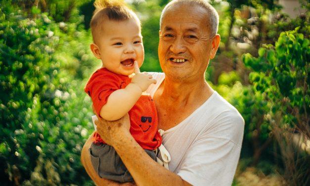 Los abuelos son clave para la prevención de la obesidad infantil