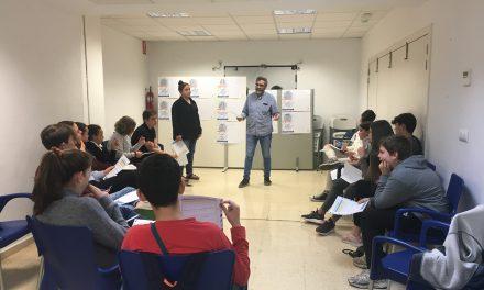 El hospital Doctor Peset acoge un taller y exposición sobre diabetes en la adolescencia